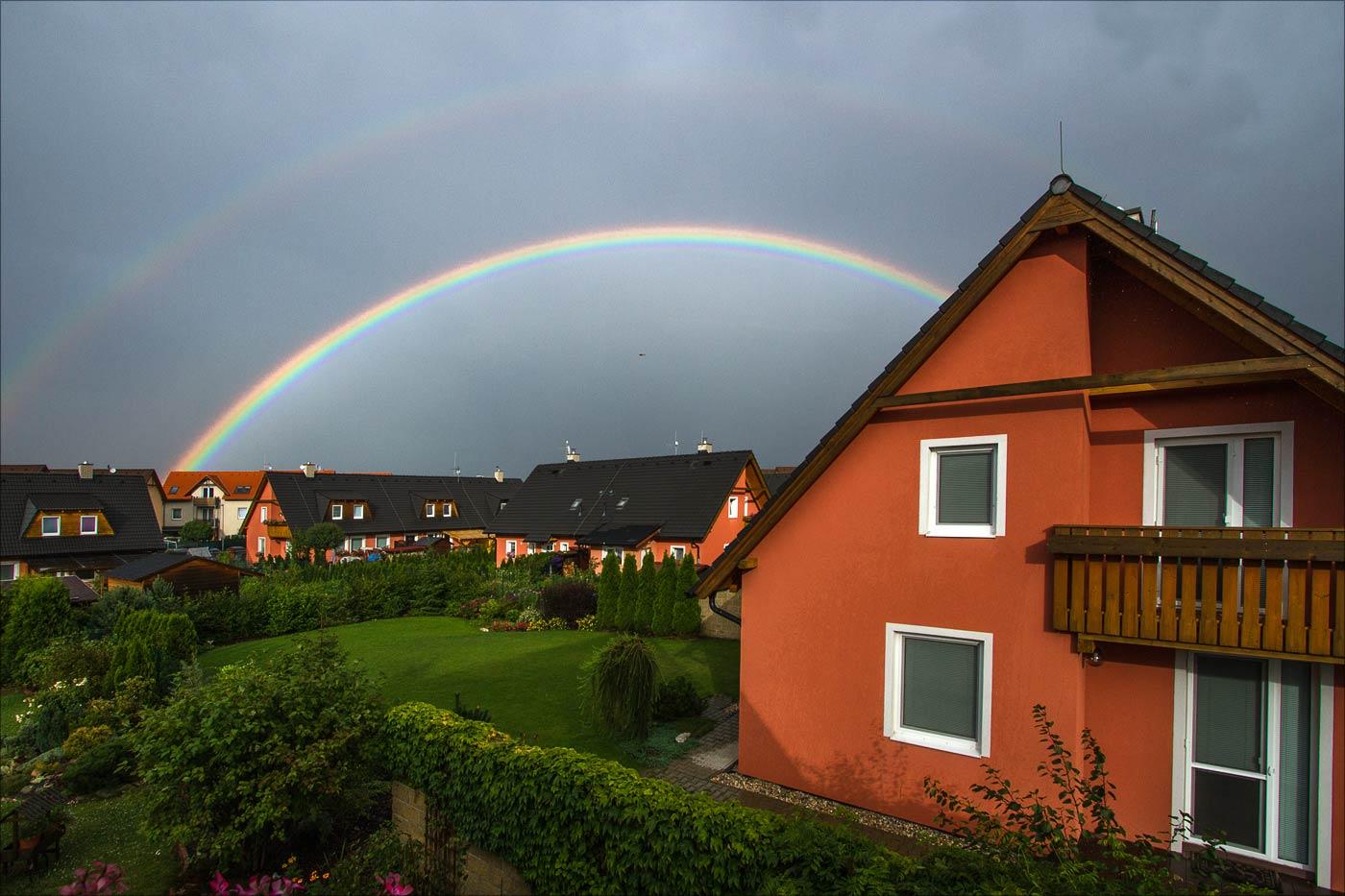 Двойная радуга после дождя