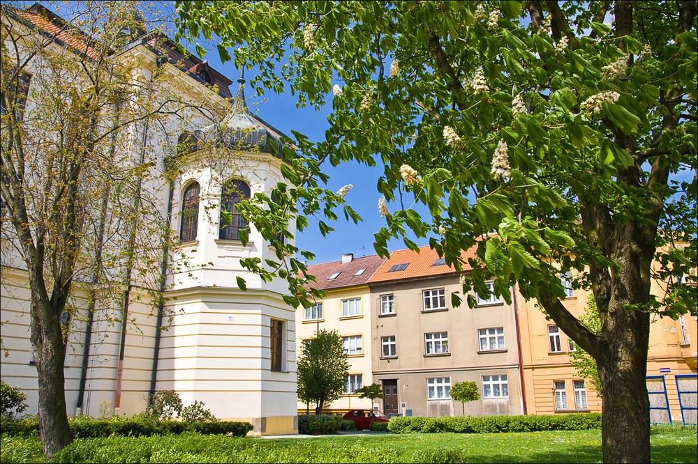20090426-130636_Benesov