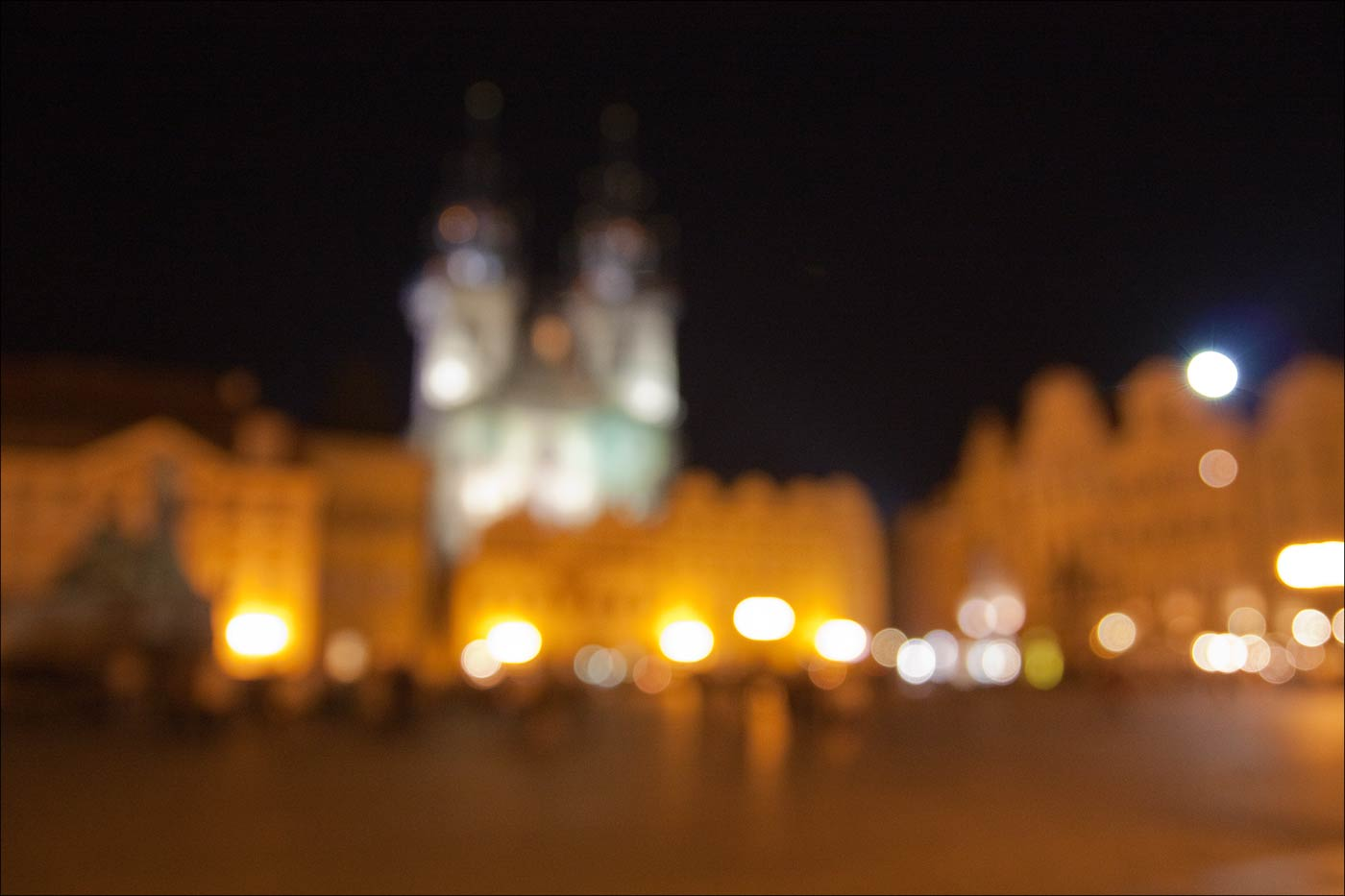 20090620-232127_Praga-Muzejni_noc