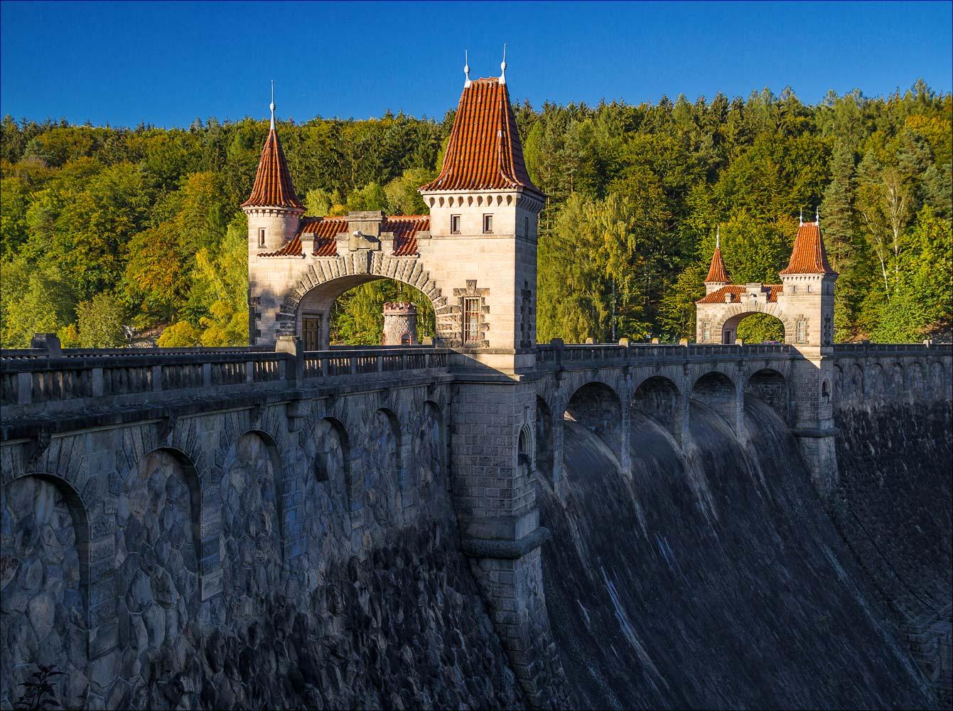 Плотина Лес Краловстви на Эльбе, Чехия