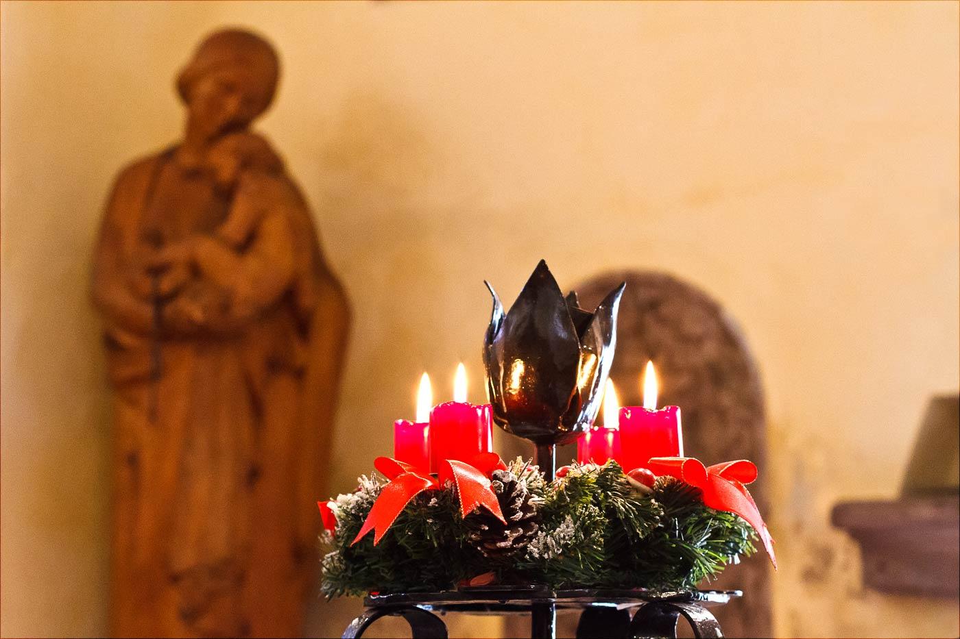 Рождественская служба в костеле Хвойена