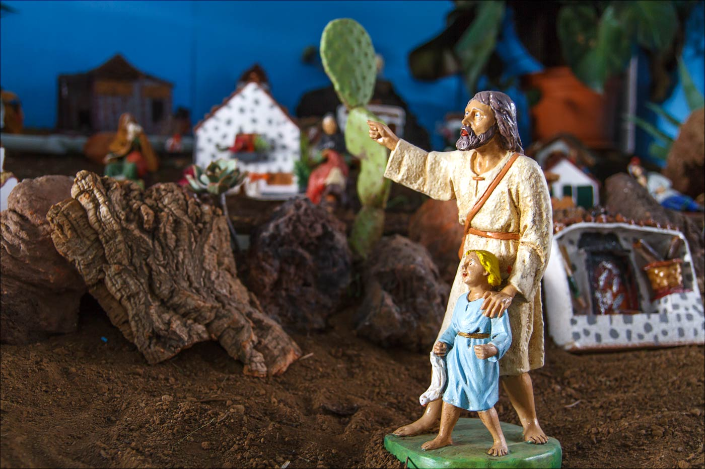 Рождественский вертеп в солнечной Ла-Канделария на Тенерифе