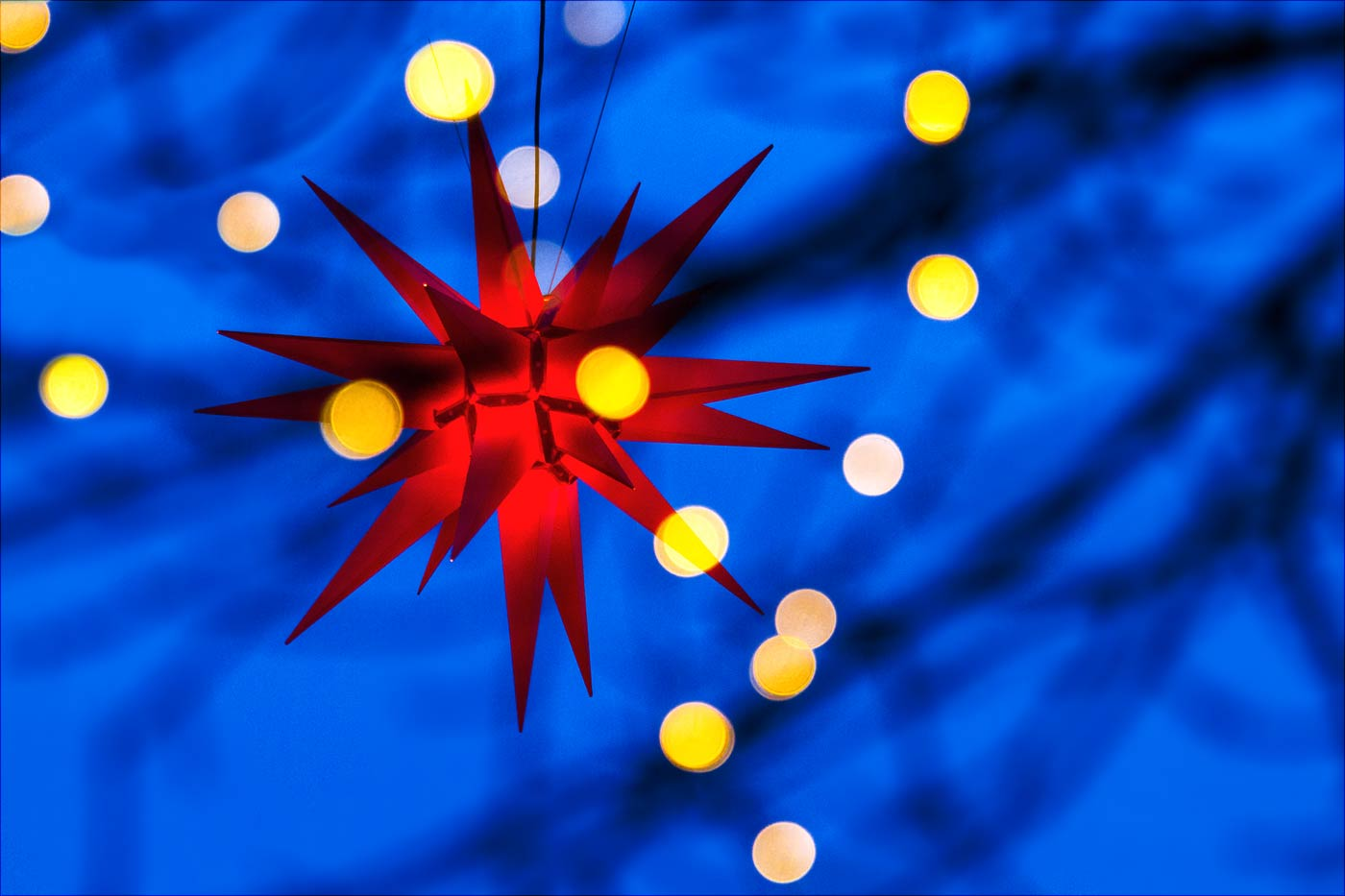 """""""Гернхутская звезда"""" - традиционное украшение рождественских ярмарок в Германии"""