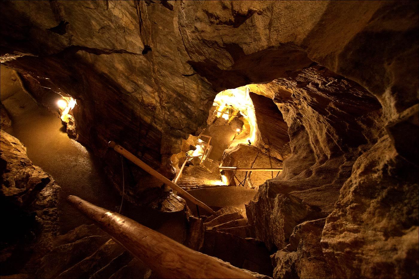 Хиновская пещера
