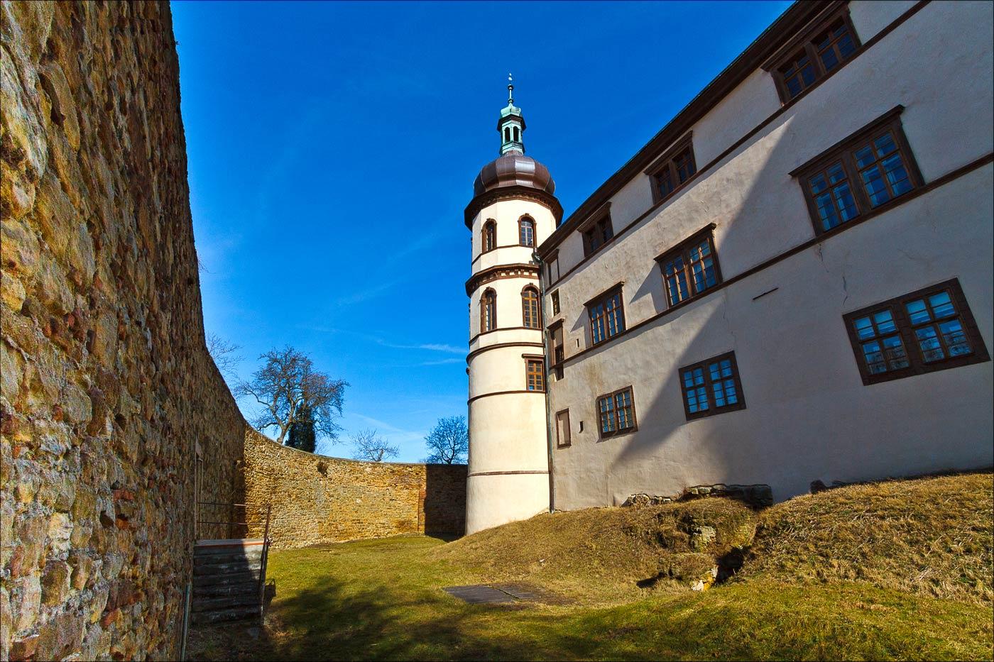 Замок Костелец над Черными Лесами