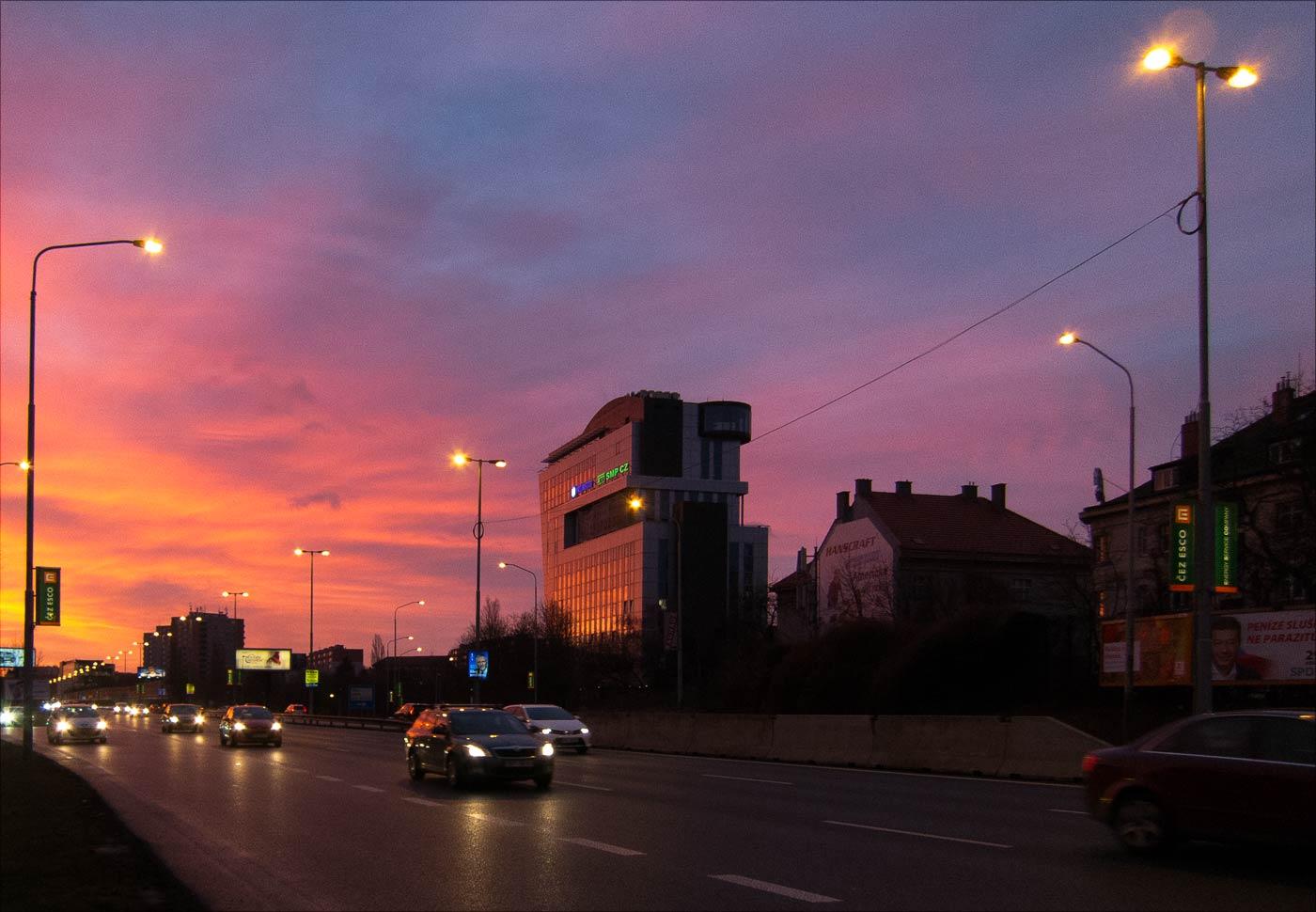 Утренняя прогулка перед работой, Прага, район Панкрац