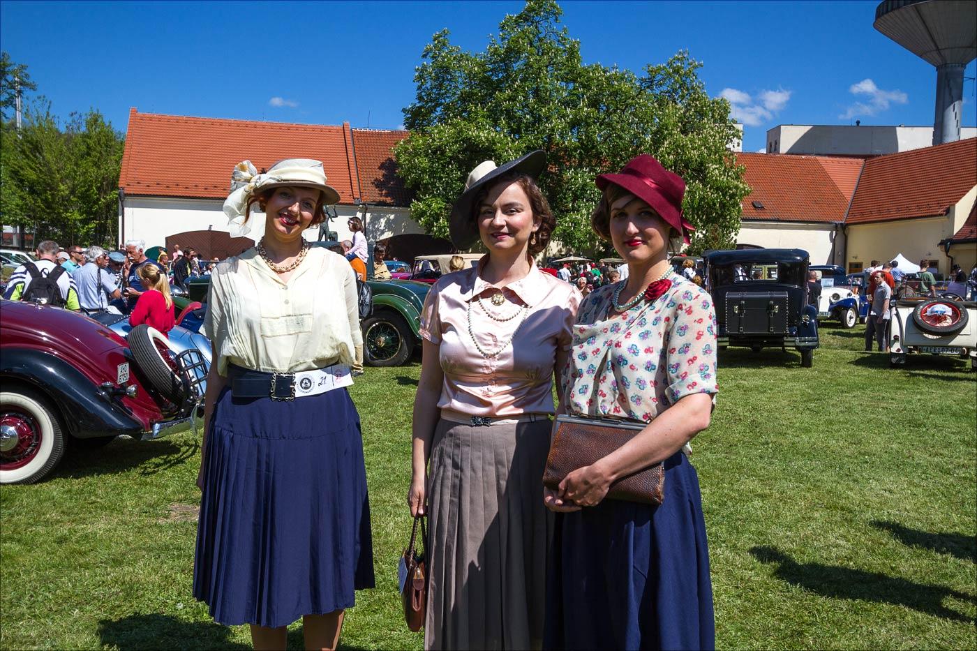 Слет автомобильных ветеранов в Розтоках у Праги