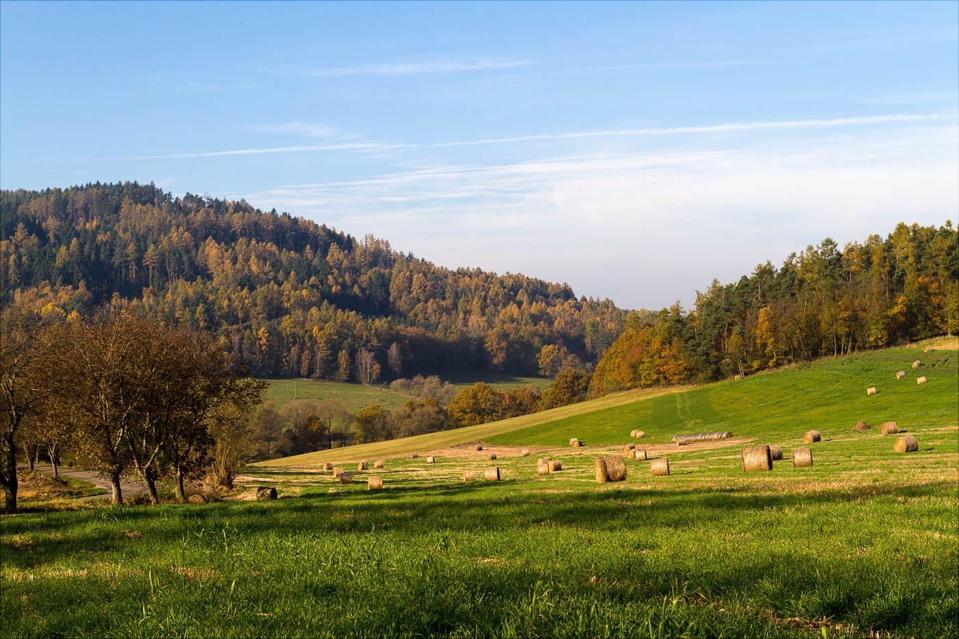 Холмы в окрестности Бенешова