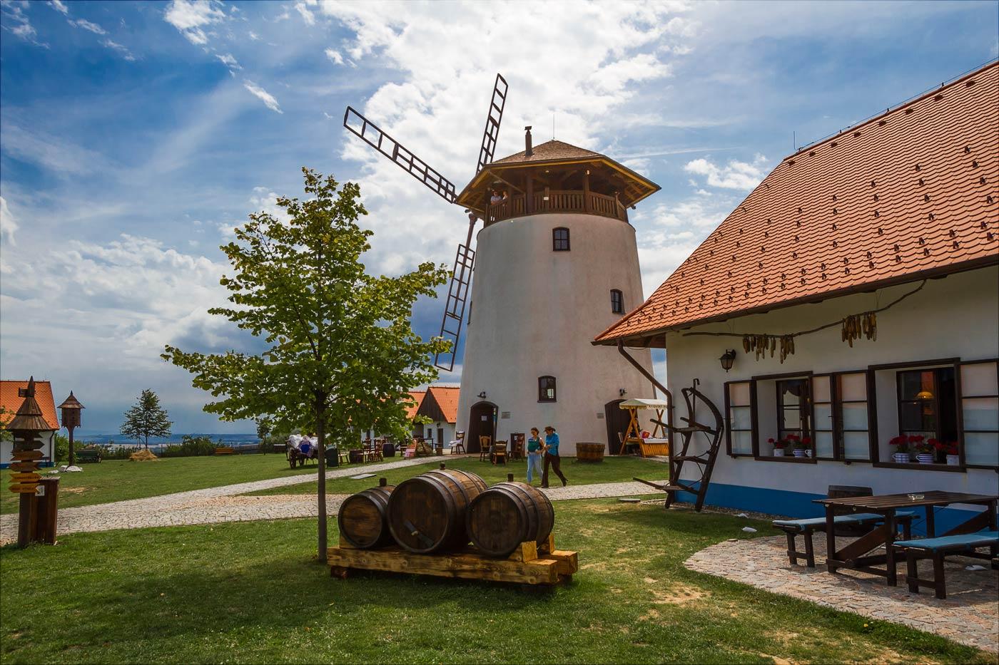 Моравия, мельница в Букованах