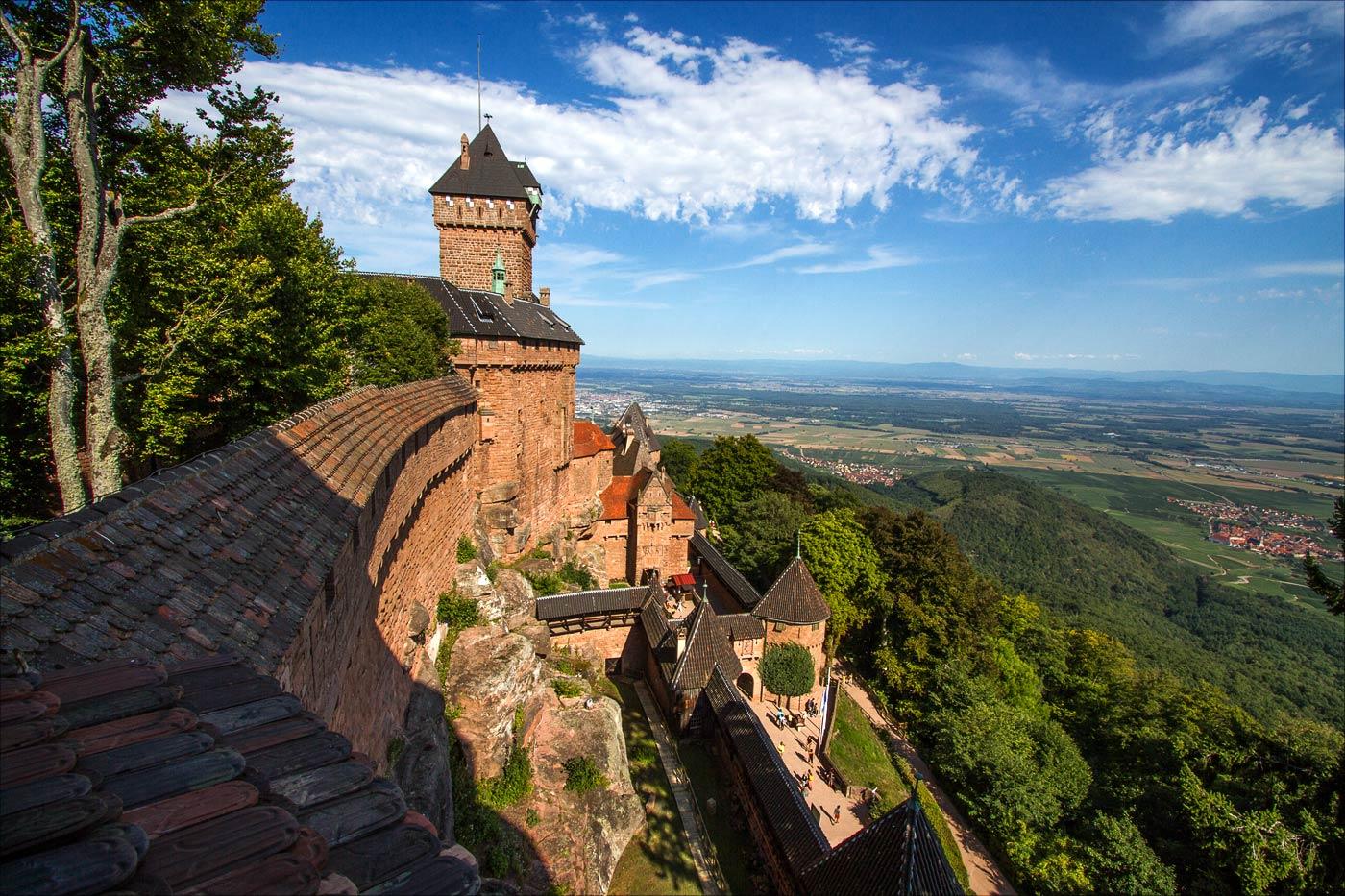 Крепость Верхний Кёнигсбург в Эльзасе
