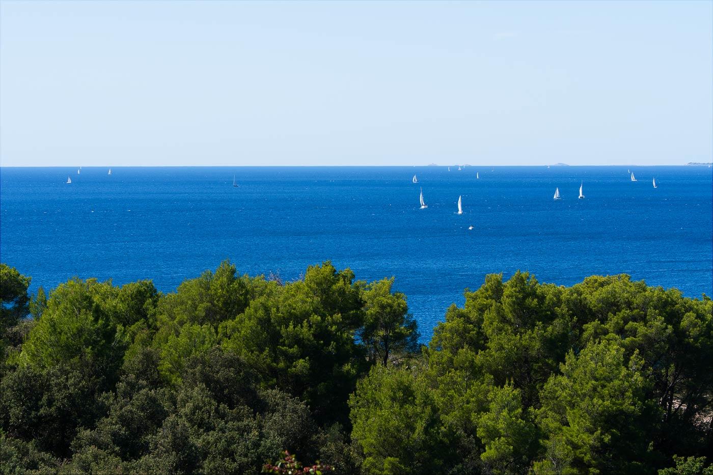 Яхты в море. Примоштен, Хорватия