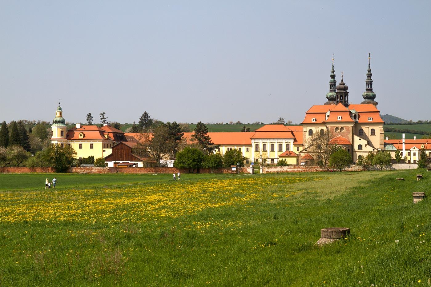 Цистерцианское аббатство в Велеграде