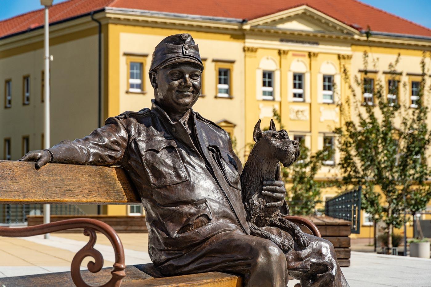 Статуя Швейка, Кралупы над Влтавой