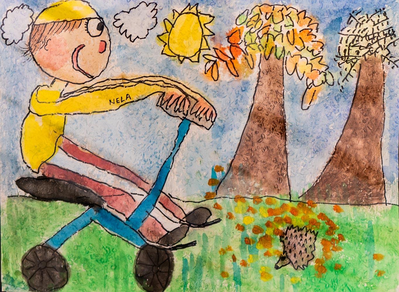 Осенняя прогулка. Детский рисунок в инфоцентре у австрийской границы
