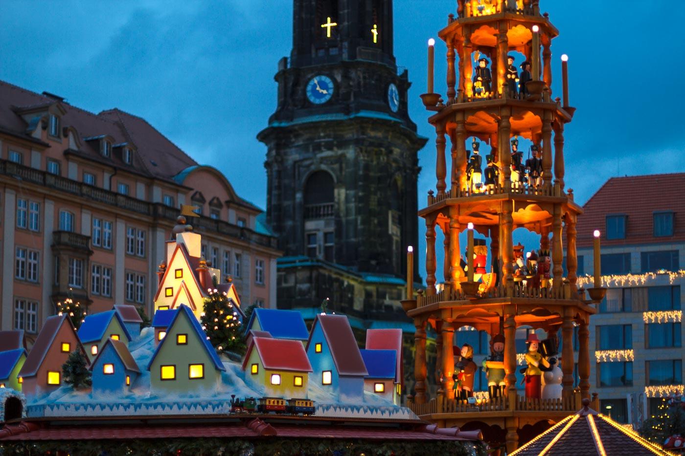 Адвентная ярмарка в Дрездене, Германия, 2011 год