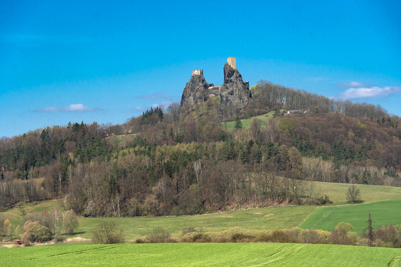 Руины крепости Троски в Чешском Рае