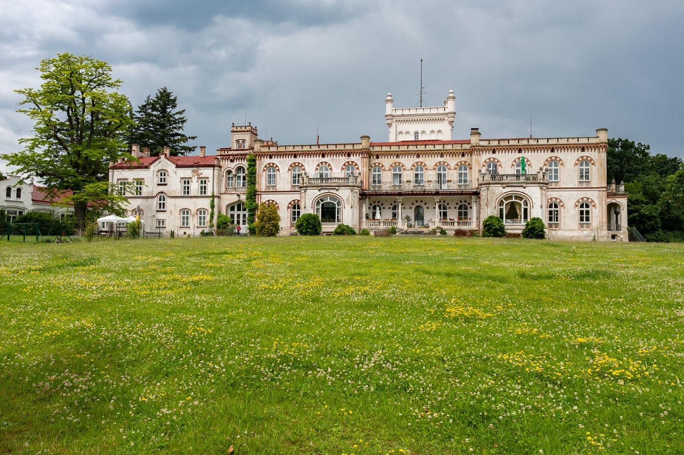 Йевишовице, новый летний дворец / Nový zámek v Jevišovicích