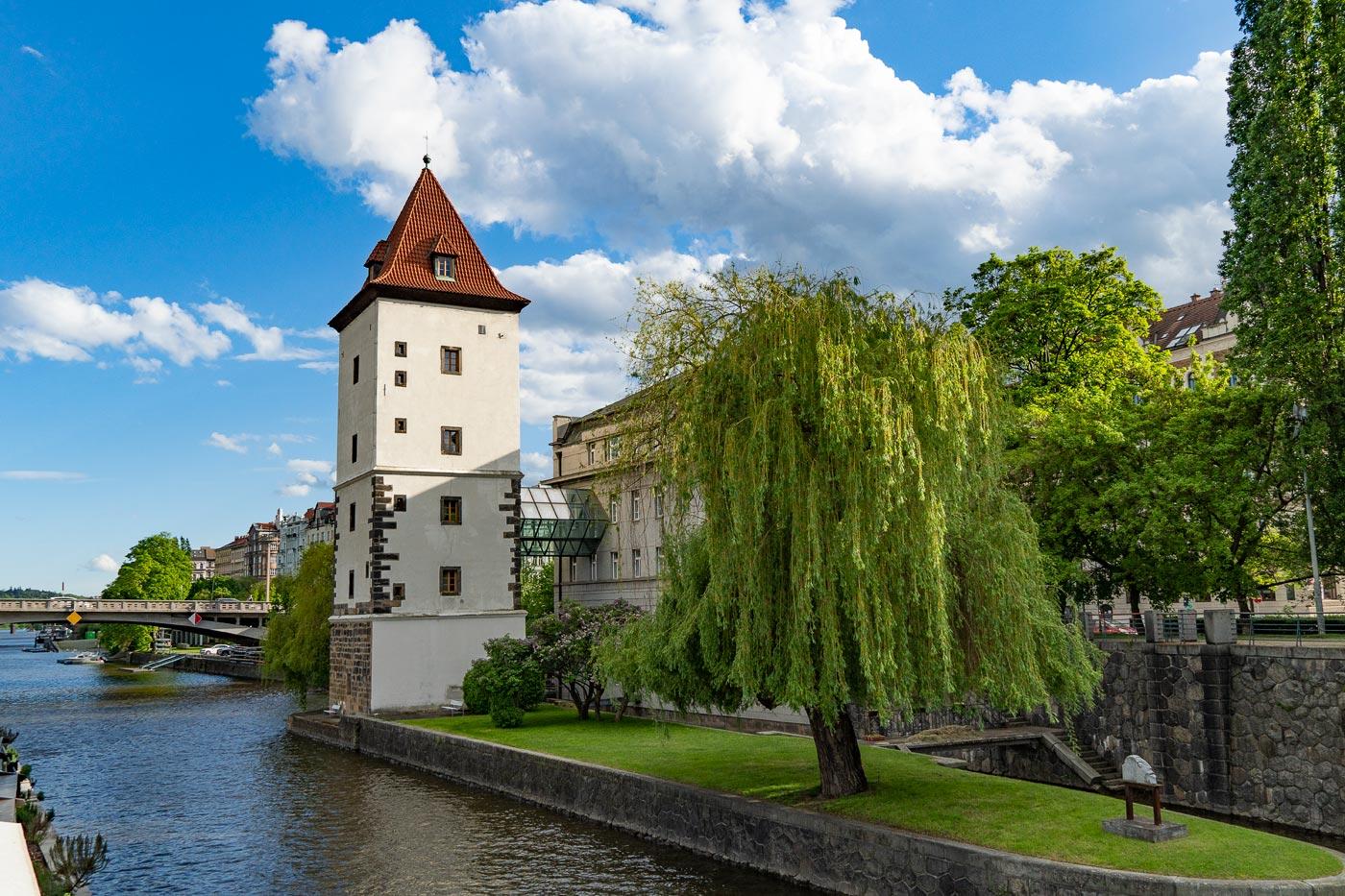 Прага, прогулка по набережным Влтавы