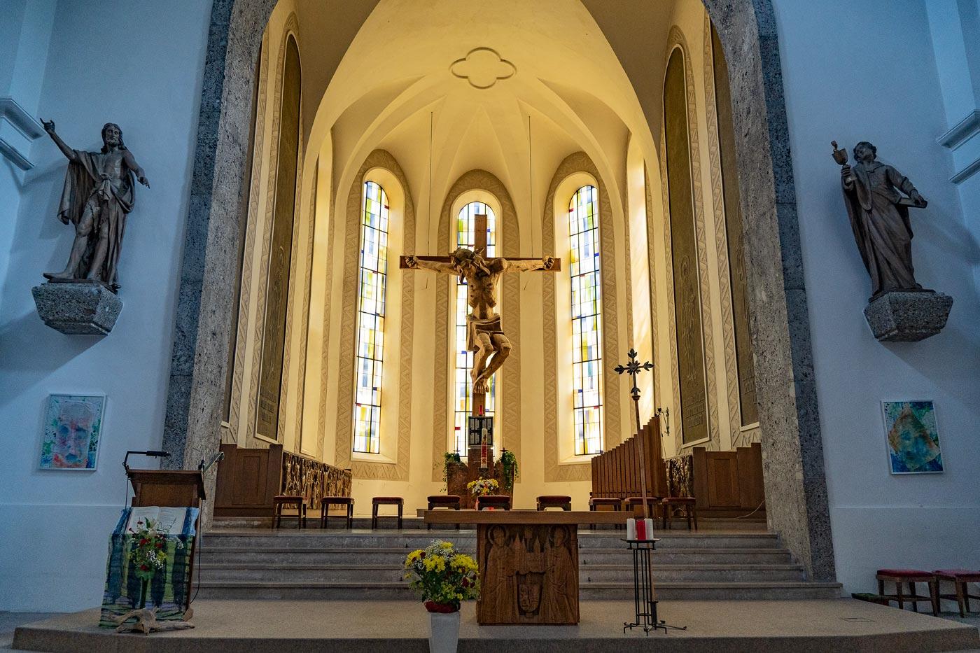 Костел в Зальфельдене (Saalfelden), Австрия
