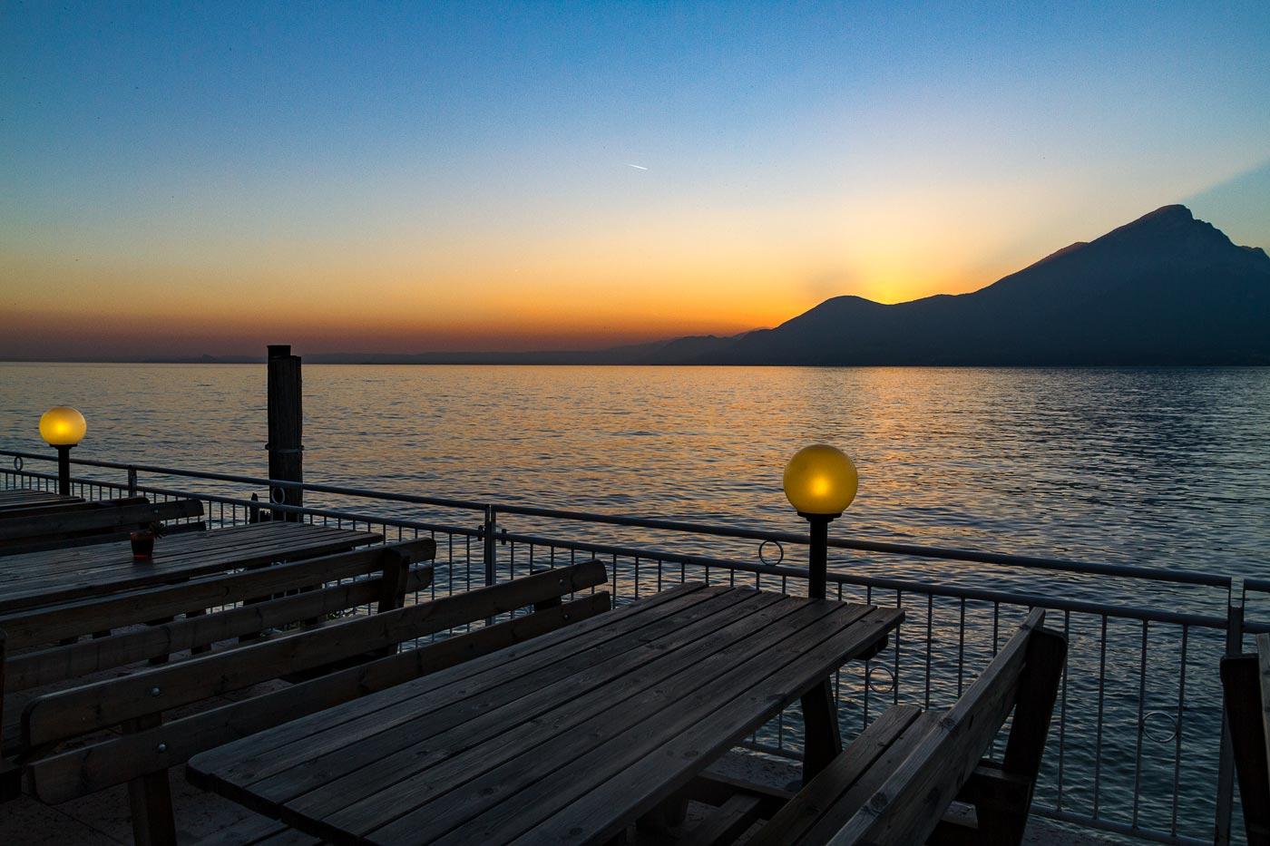 Вечер на озере Гарда, Италия